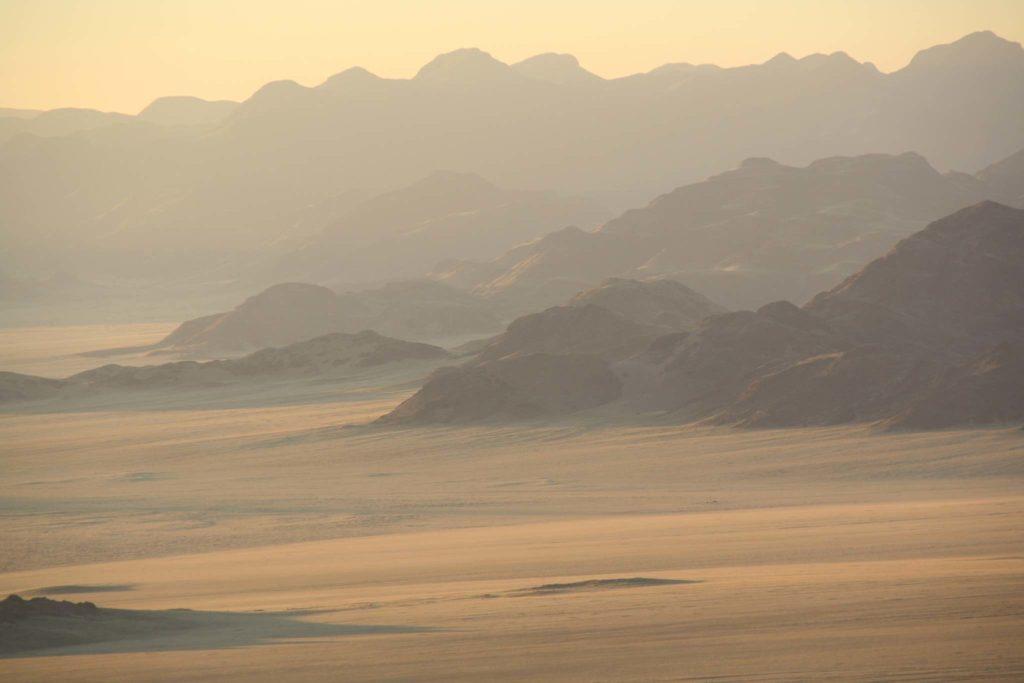 Namibia kurz vor Sonnenaufgang